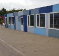 Gebouw met tijdelijke klaslokalen voor Gemeente Zoetermeer