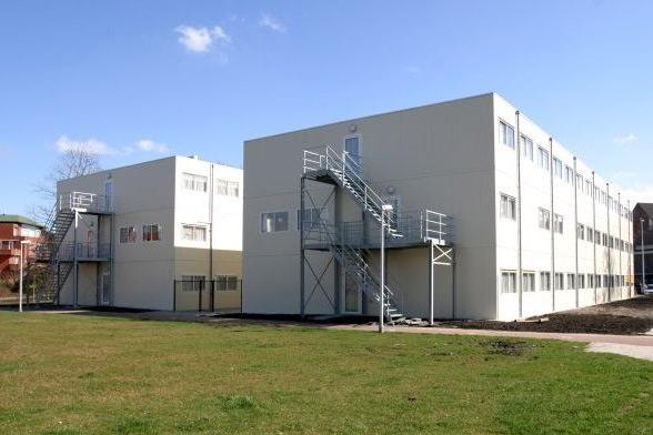 Te koop: tijdelijk gebouw voor huisvesting